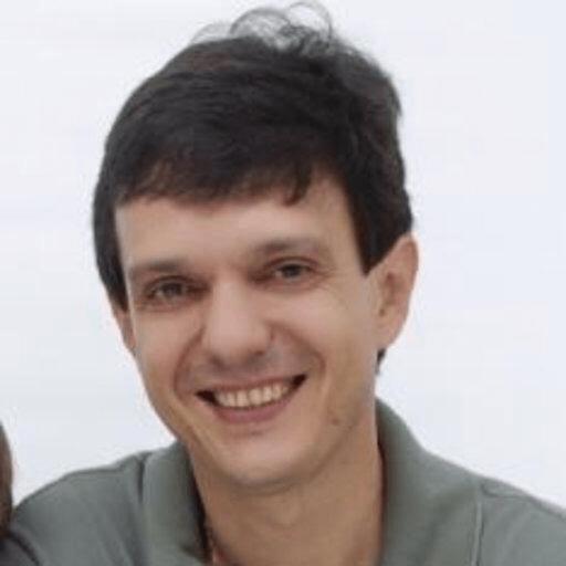 Dr. Marcelo Guerino