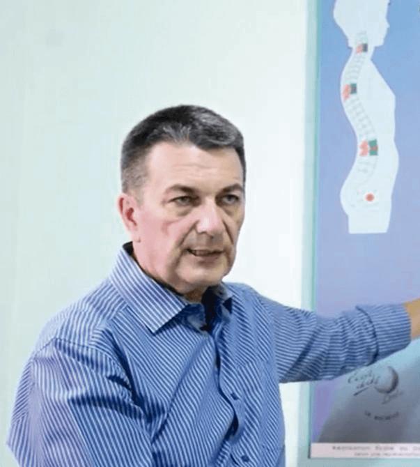 Dr. Richard Biton (França)